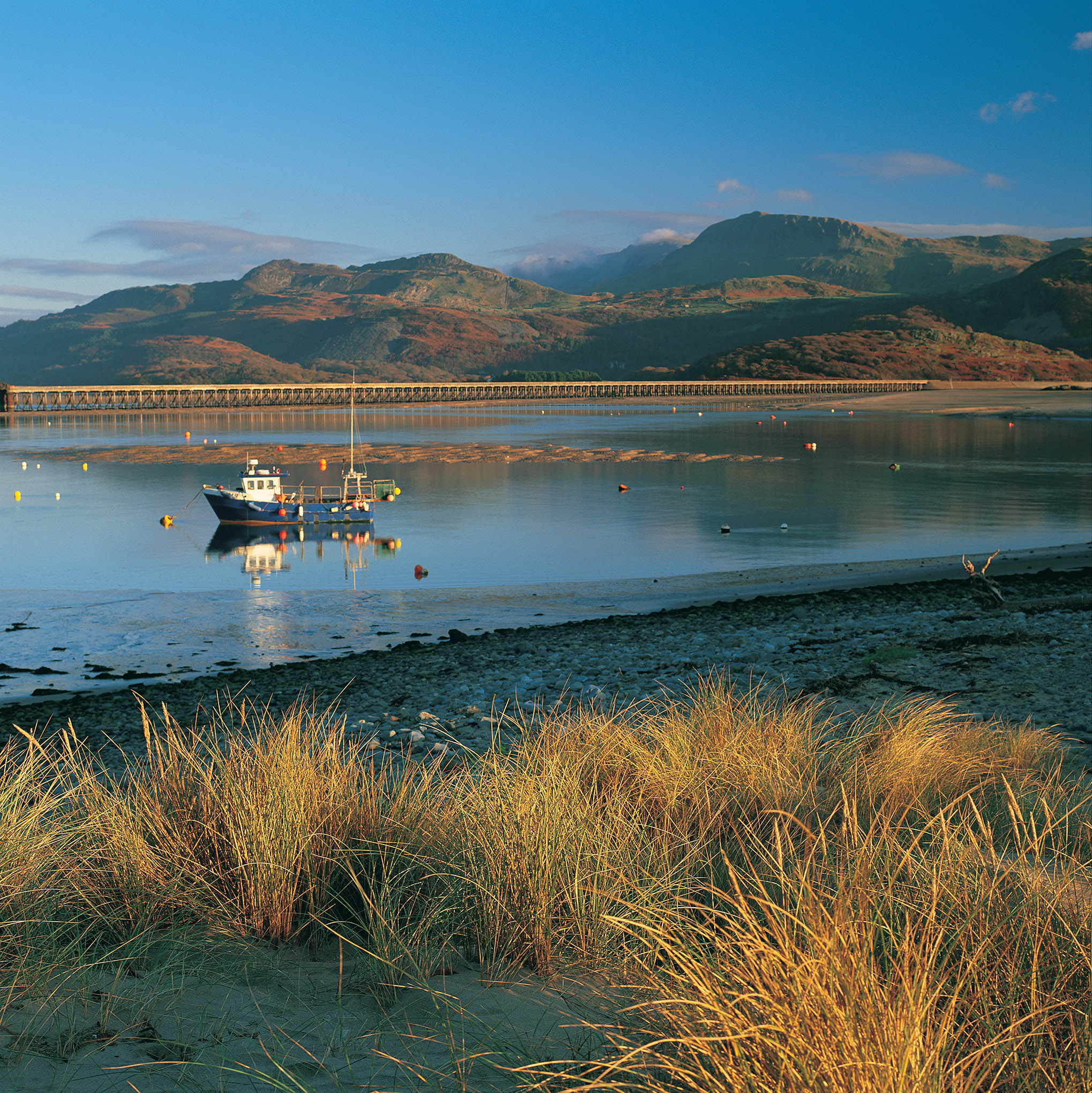 Barmouth bridge and Tyrau Mawr